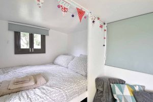 Little Oak Camping- Glamping Caravan Double Bed